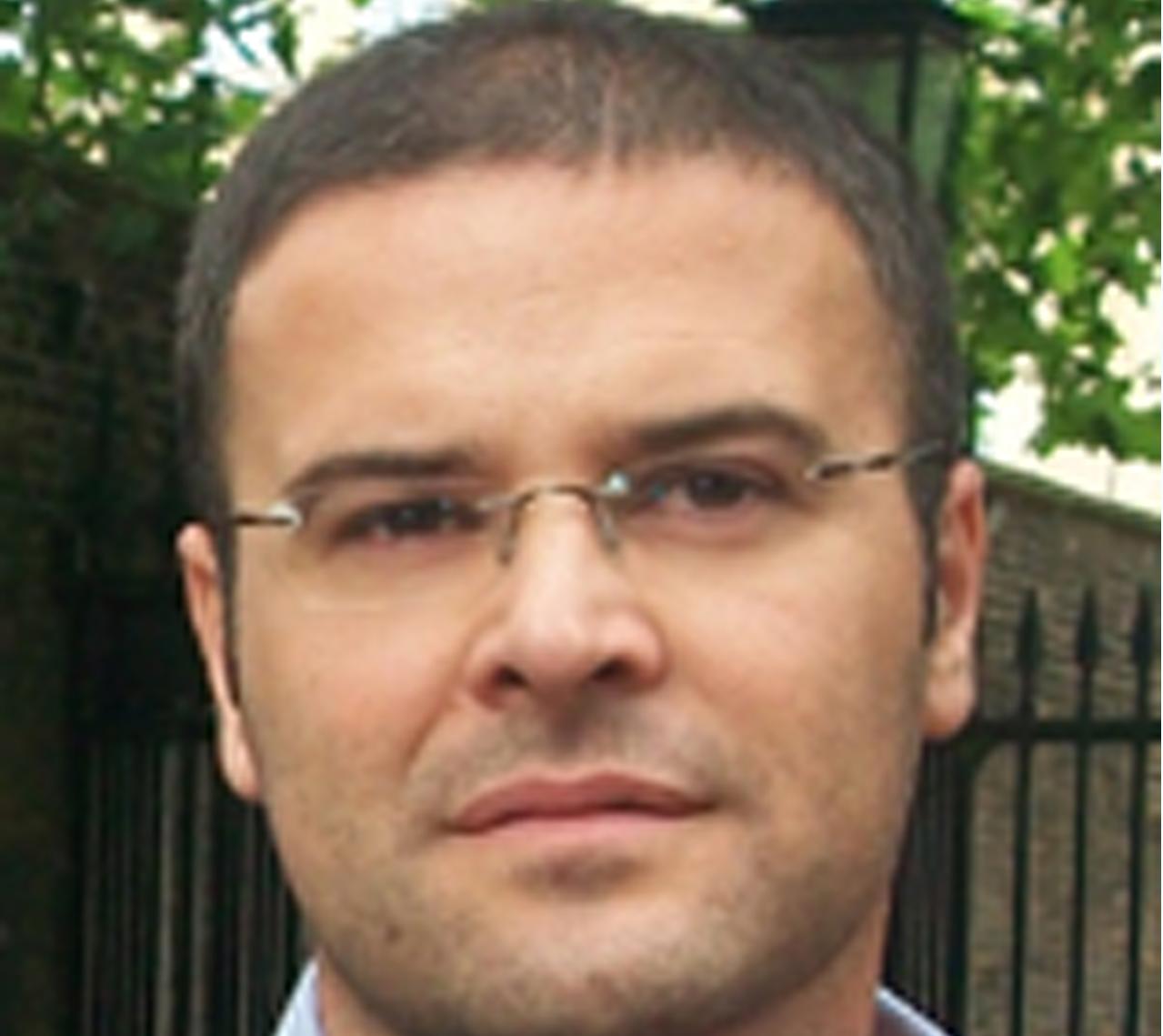 Dr. Eduardo González Díaz